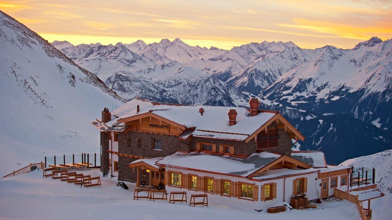 Wedelhütte i Hochzillertal i 2.350 meters højde over havet, © Gruppe Schultz/Michael Neumann